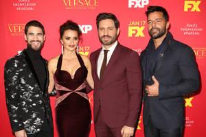 Bild von Darren Criss, Penélope Cruz, Édgar Ramírez und Ricky Martin