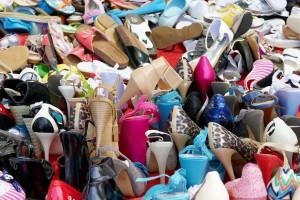 shoes-2474615_1920