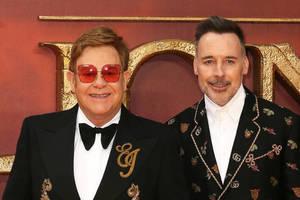 Bild von Elton John und David Furnish